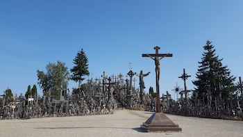 Day Trip to the Hill of Crosses from Vilnius