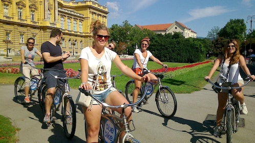 Bicycle group pedaling off to next attraction in Zagreb