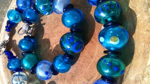 Glass beads made in Aruba