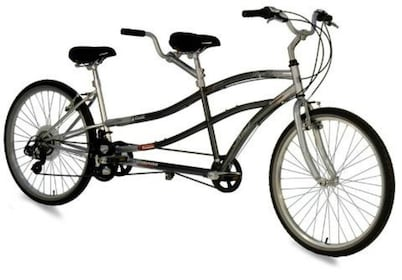 Close view of the bicycle for the Weekend Self Guided Tandem Bicycle Tour in New York
