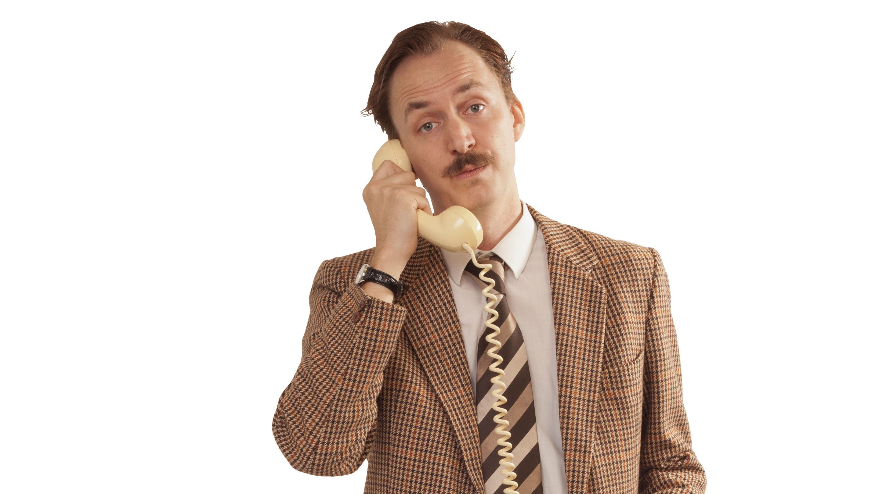 Actor on phone during Faulty Tower in Edinburgh
