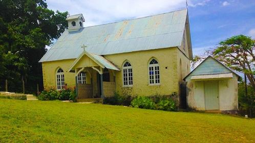 Plantation home in Kingston Jamaica