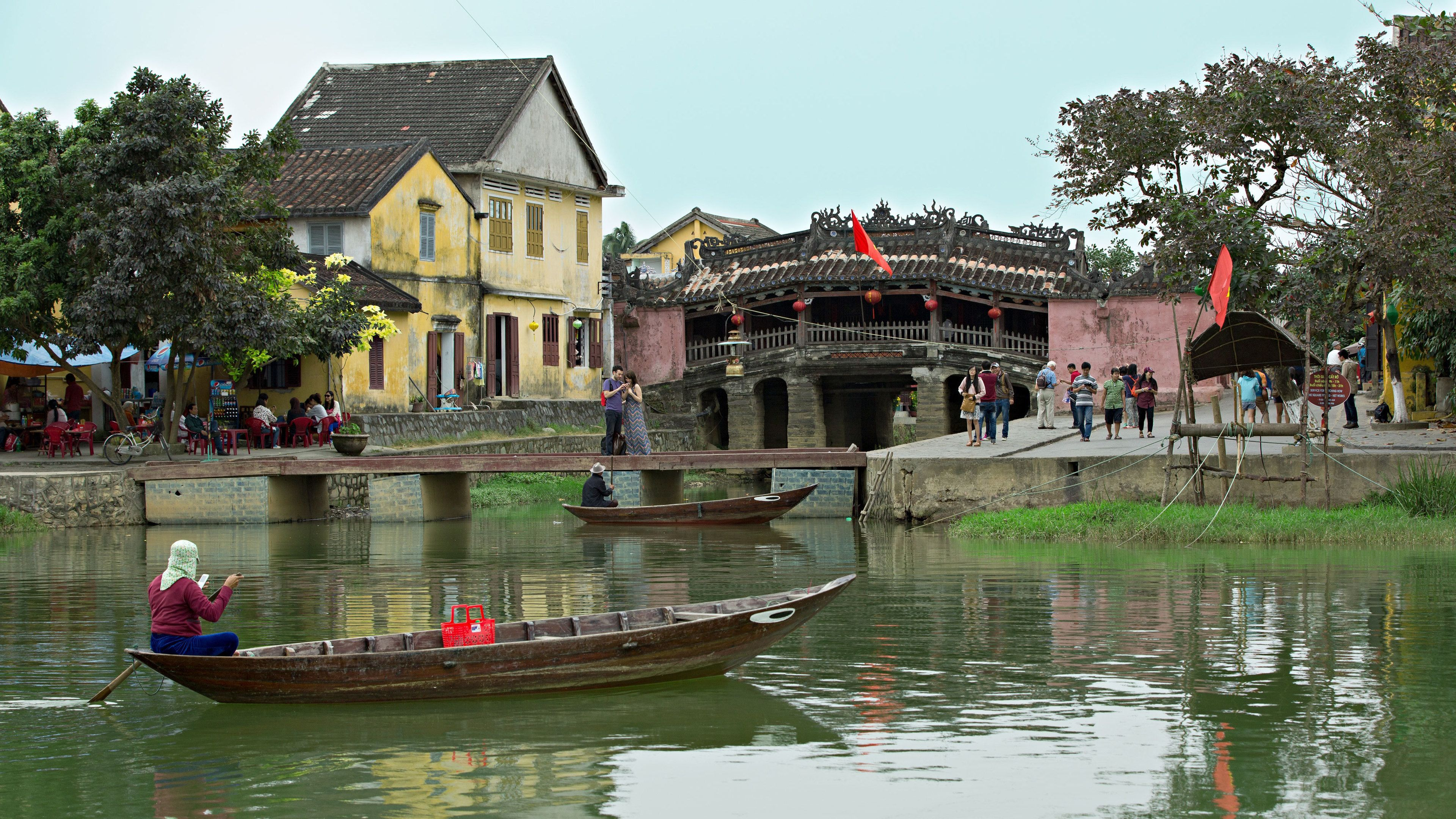 Town along the river in Hoi An