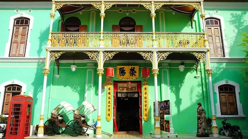 Colorful exterior of building in Georgetown, Penang