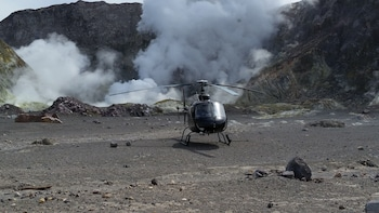 White Island Scenic Helicopter Flight and Crater Tour
