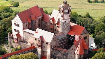 Full-Day Ancient Roman Fort & Ronneburg Castle Tour