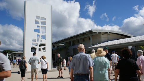People Tour Pearl Harbor