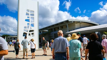 USS Arizona Memorial Deluxe Tour