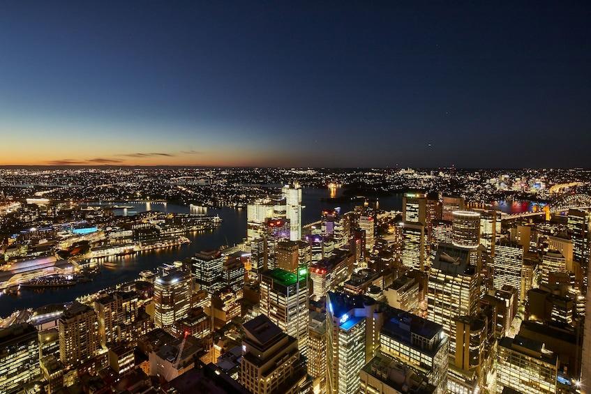 Foto 2 von 9 laden Sydney Tower Buffet Lunch or Dinner