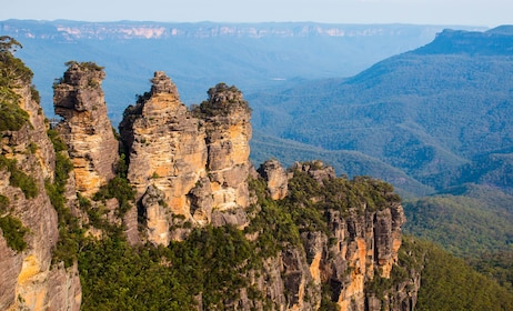Cliffs and rock formations in the Blue Mountains in Australia