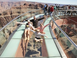 VIP Grand Canyon West Rim / Hoover Dam Tour