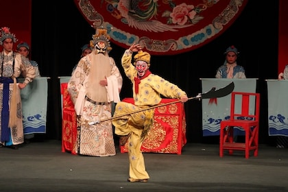 Traditional Chinese Performing Arts Show at TaipeiEYE