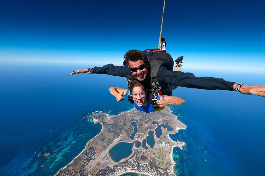 8,000ft Rottnest Island Tandem Skydive - Rottnest Island