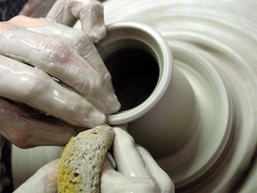 Artist making pottery in Salado