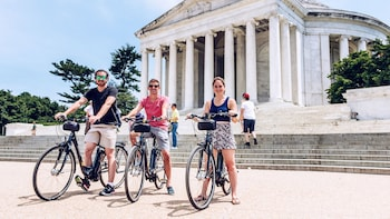 Small-Group Best of D.C. Electric Bike Tour