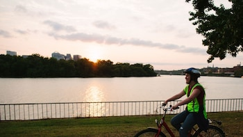 Small-Group Sunset National Mall Electric Bike Tour