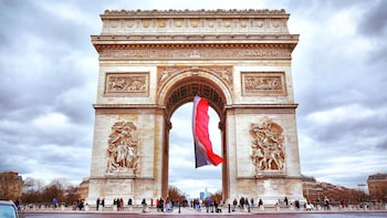 Skip-the-Line Arc de Triomphe Tickets and Guided Tour