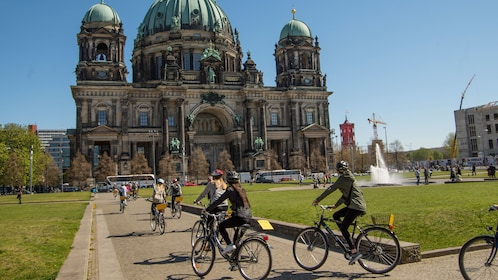 Bicycling group arriving at Berlin Cathedral