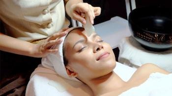 Radarom Thai Massage & Spa Treatment Package