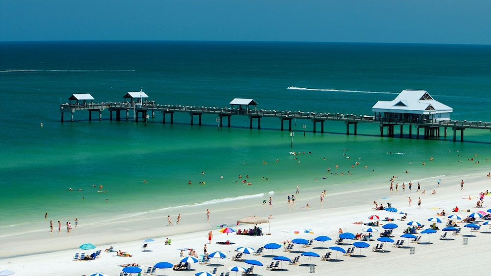 Beach and pier at Clearwater Bay in Orlando