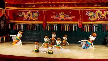 Espectáculo de marionetas acuáticas y crucero con cena por el río Saigón co...