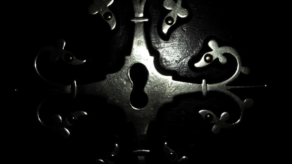 แสดงภาพที่ 2 จาก 5 Close up of lock to escape room in Phuket