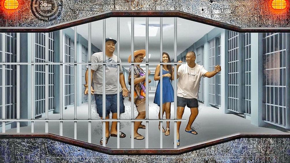 แสดงภาพที่ 5 จาก 5 Family in escape room in Phuket