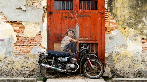 penang-street-art-old-motorcycle.jpg