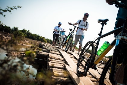 Bicycle tour in Cambodia