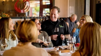 Healdsburg Wine & Food Pairing Walking Tour