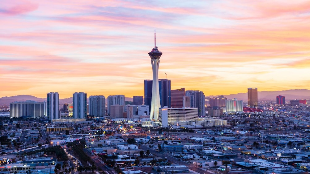 Åpne bilde 10 av 10. Go Las Vegas All-Inclusive: 35+ Top Attractions & Tours