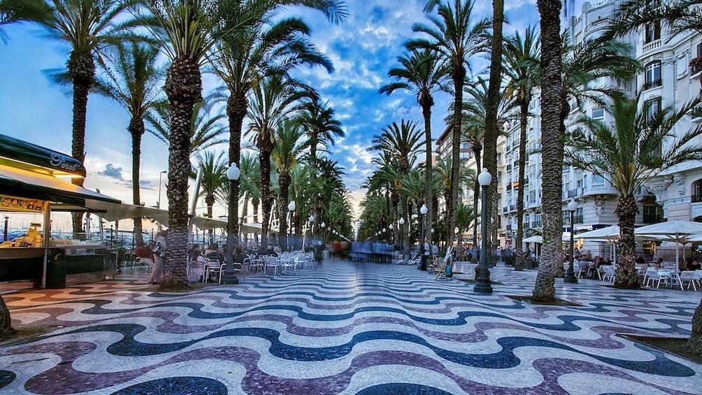 Show item 3 of 5. Promenade in Alicante