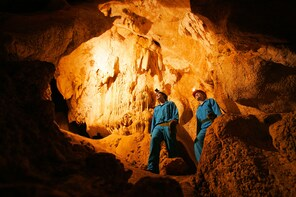 Capricorn Caves Adventure Caving