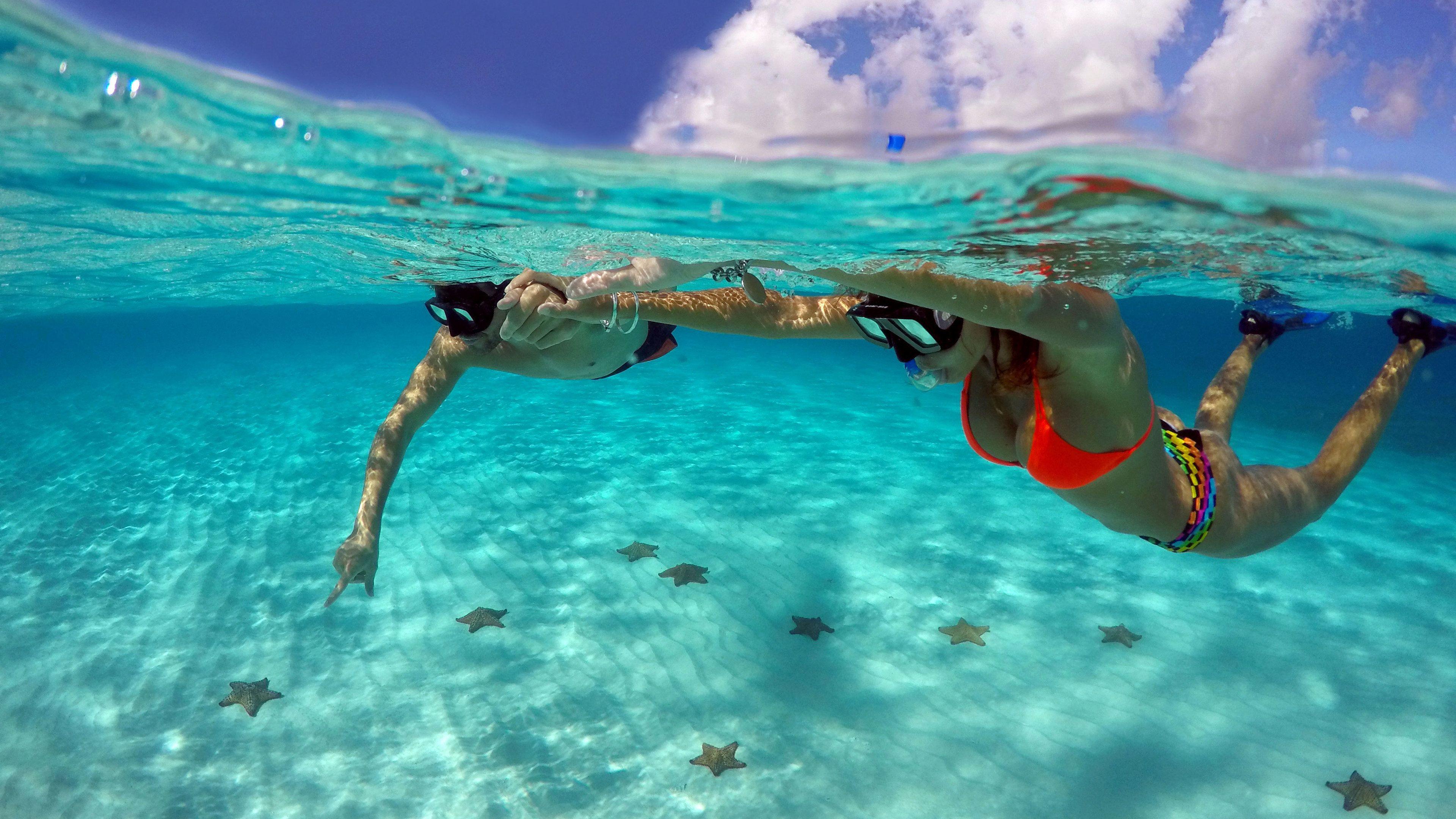 Snorkeling couple in Cozumel
