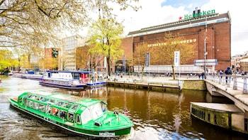 Crucero por el canal de la ciudad en Blue Boat Company y Heineken Experienc...