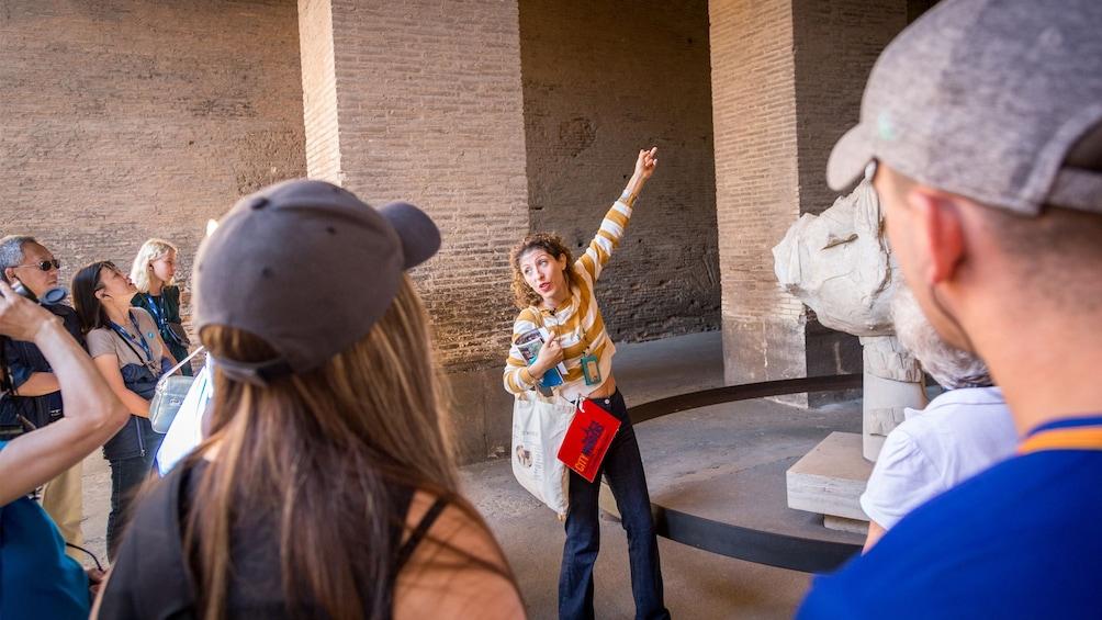 Cargar foto 3 de 8. Skip-the-Line Tickets: Colosseum with VIP Arena Floor Access