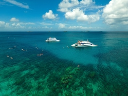 Culebra Day Trip by Catamaran