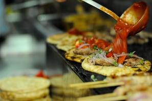 Délicieuse visite gastronomique d'Athènes