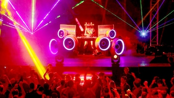 London Nightlife Ticket with Club Entries, Drinks & Special Discounts