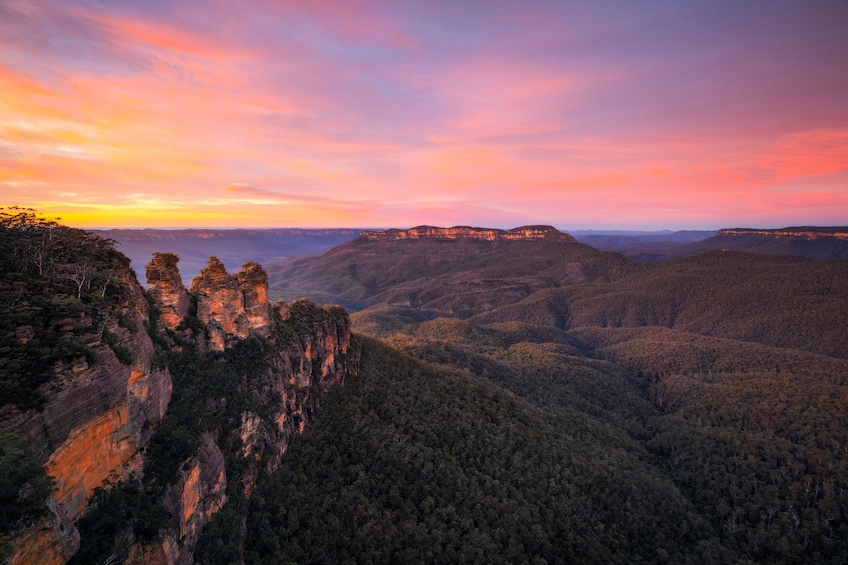 Show item 1 of 9. Blue Mountains Sunset & Three Sisters Small Group Tours