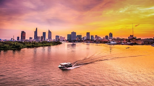 Romantic Saigon Sunset Cruise by Luxury Speedboat