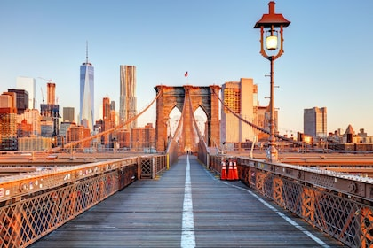 Stunning view of the Brooklyn Bridge in New York