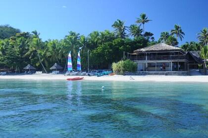 Hi_FCI_65608772_castaway-island-fiji-activities-water-sports12.jpg