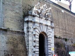 Entrada a los Museos Vaticanos y la Capilla Sixtina, con acceso rápido