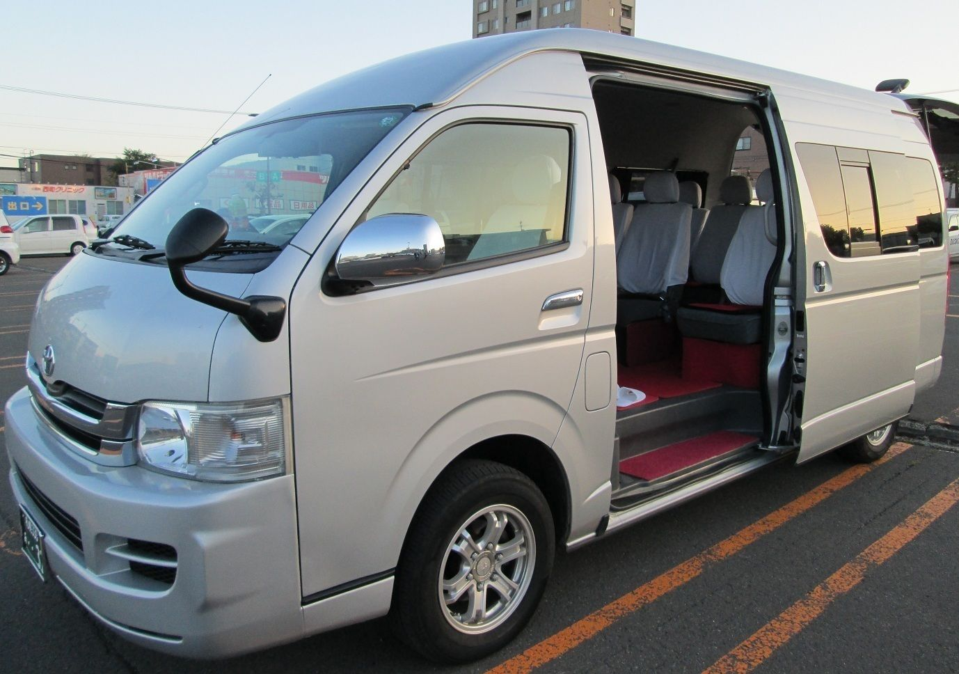 One-Day Private Tour with Japanese Driver[Minivan]