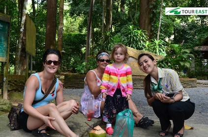 Tour guide with family in Phuket