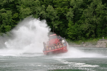 People on a Jet Boat on the Niagra River