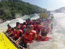 Open Jet Boat Ride on the Niagara River - US Trip
