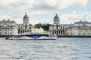 Unlimited River Travel on MBNA Thames Clippers