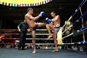 Real Muay Thai Boxing Show at Rajadamnern Stadium